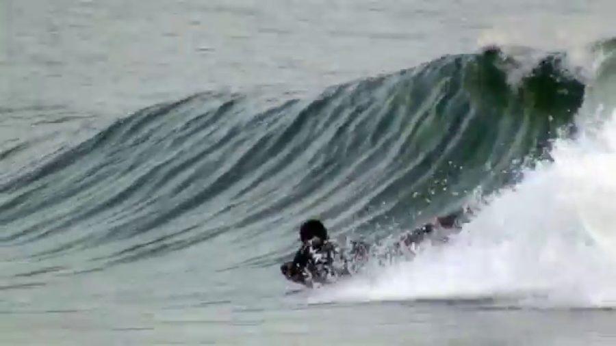 『サーフマット』は楽しい!【安全で初めての波乗り体験に最適】