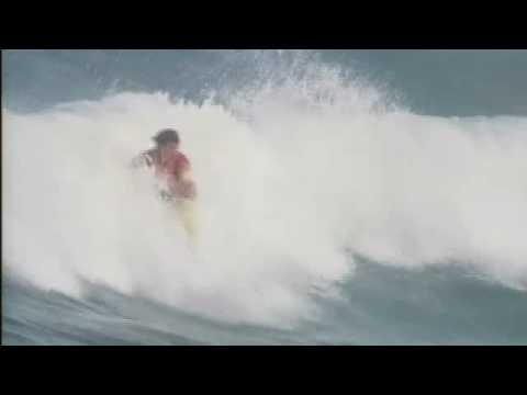 トム・カレンの切れ味のあるサーフィンはまだまだ健在!【伝説のサーファー】