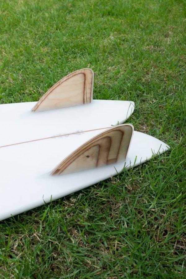 サーフボードに最も適したフィンがグラスオンフィン