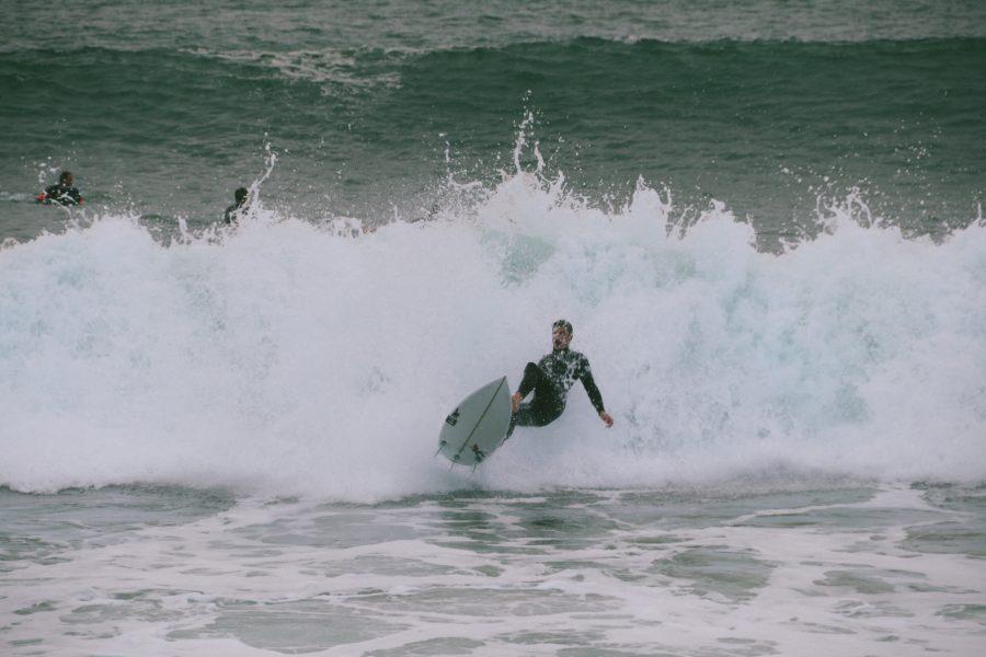 譲ってくれた波はワイプアウトしても全力パドル