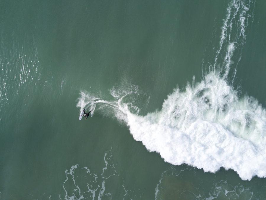 ワイヌイビーチ・スクールズでサーフィン【ニュージーランド波情報】
