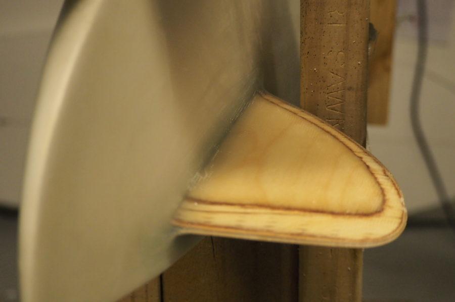グラスオンフィン・サーフボードの特徴【利点と欠点】