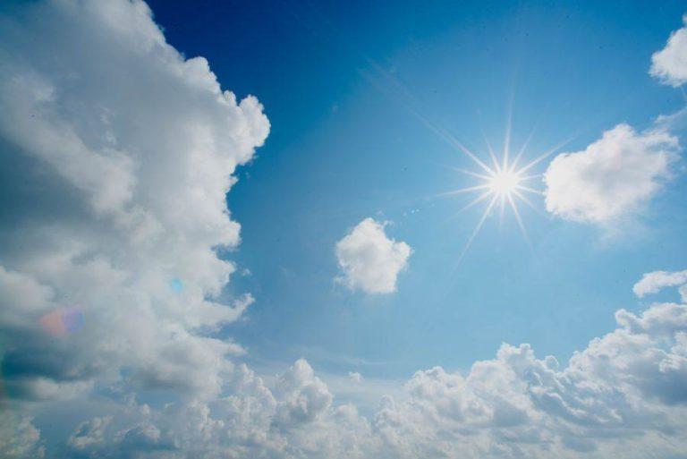 サーフィン中の目の日焼け対策について