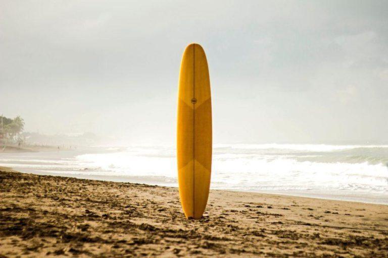 サーフボードの選び方と有名なオススメサーフボードブランド大全集