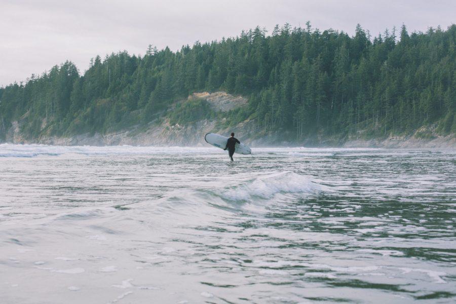サーフィンを始める年齢について