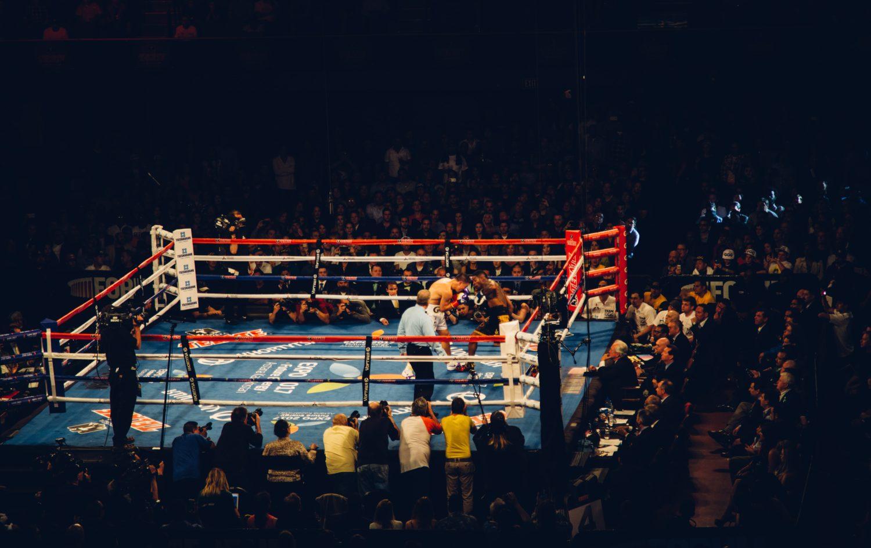 体重だけでサーフボードを決めるのがダメなのはボクシングに例えるとすぐにわかる