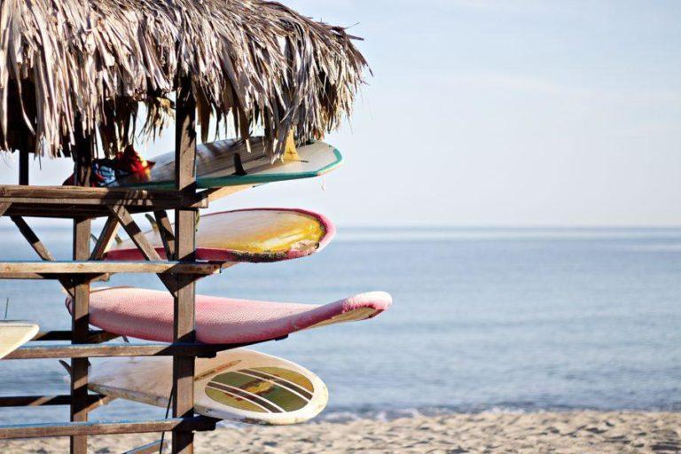 初心者が新しいサーフボードを買う前に知るべきこと