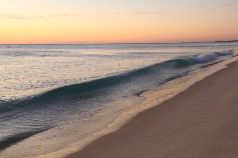 ショアブレイクはサーフィンの用語の一つ