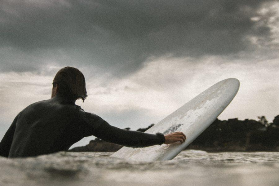 乗れる波を見極める方法【サーフィンの基礎知識】