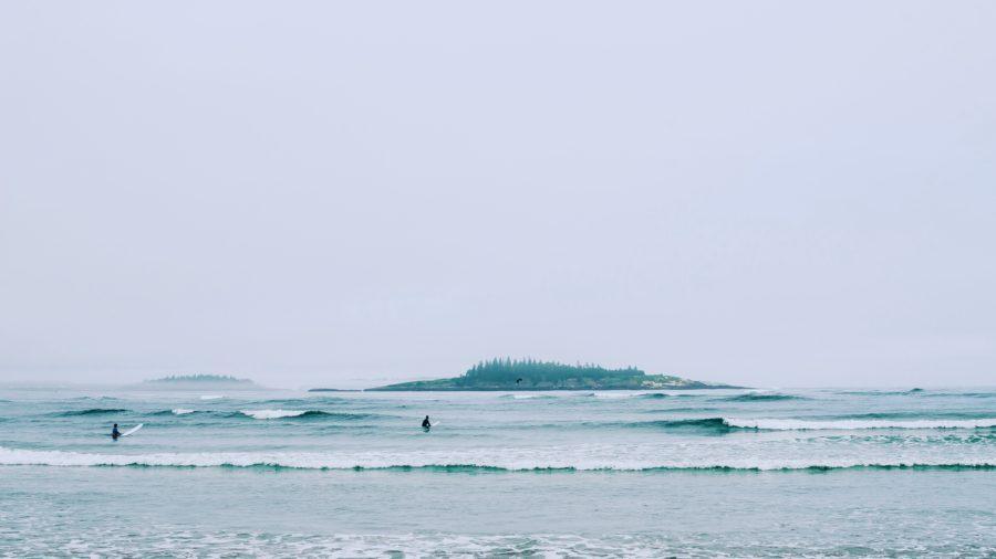 一人になっても波を待ち続けるのが、サーフィン上達を早くする秘訣