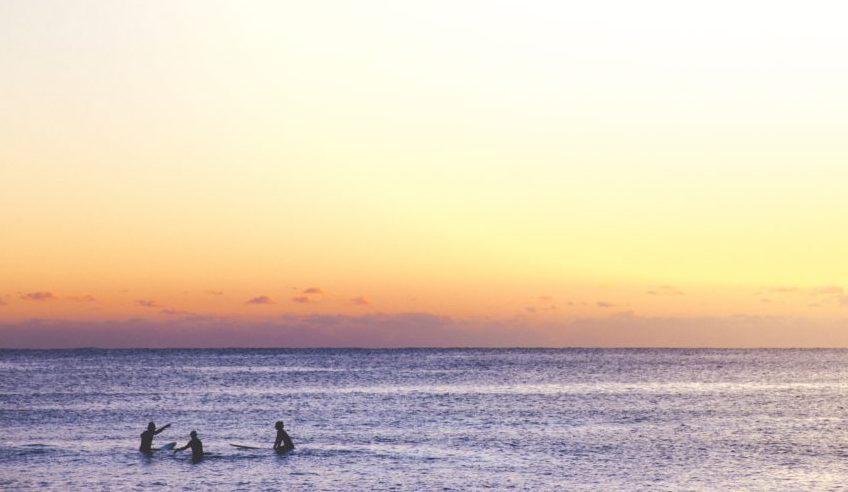 波を奪い合わないのがサーフィンのルール