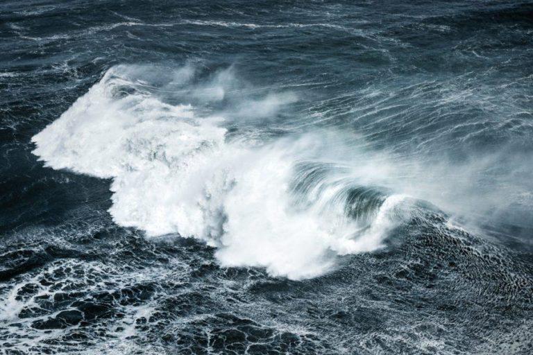 サーフィン中の息を止める長さについて