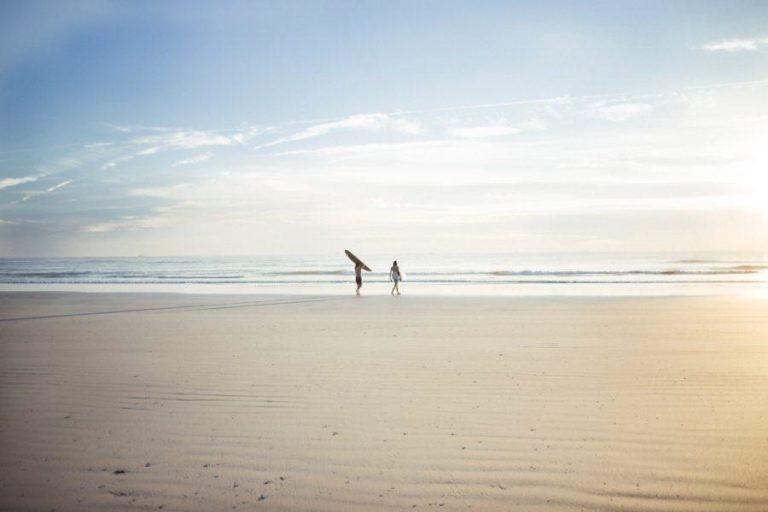 波がないときにも海に通うことでサーフィンが劇的にうまくなる理由
