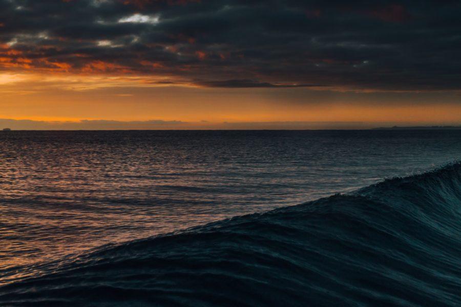 予報で小さい波のサイズでも波の周期がサイズを倍にすることも
