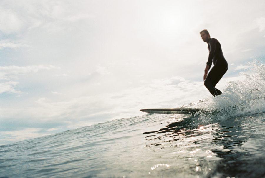 ロングボードやファンボードを選択することで小波でもサーフィンを楽しむことが可能